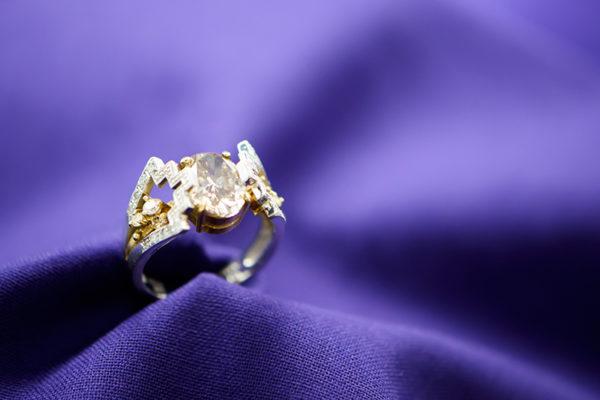 ダイヤモンドジュエリーマルヨシ